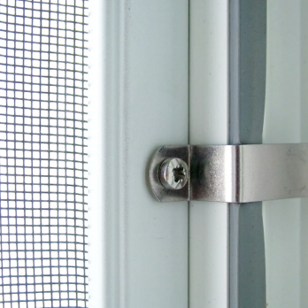 Москитная сетка на металлических креплениях на окна и двери ПВХ белая, м.кв.